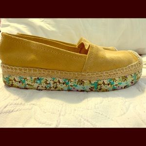 Tory Burch Women's slip on shoes